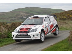 Jason Pritchard & Phil Clarke pictured on the opening stage above Port Erin (90Right.com)