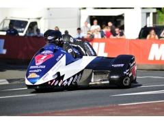 John Holden / Andrew Winkle round the QB