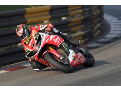 Hutchy back to winning ways in last Novembers Macau GP