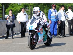 Anstey off for a 112mph lap on an electric bike